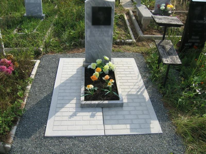 Кладбище гранитные мастерские с ценами купить памятник в москве карельский