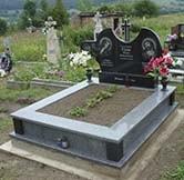 двойные надгробные памятники фото №2 в гранитной мастерской, Киев