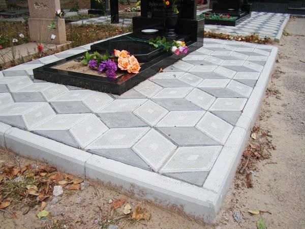 Плитка для кладбища какие надгробные памятники в ангарске